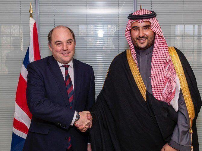 عربستان از انگلیس برای ارسال نیرو و تجهیزات نظامی تقدیر کرد