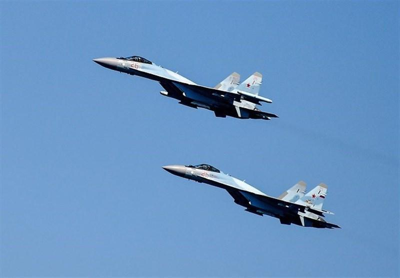 دو جنگنده روسی یک بمب افکن آمریکایی را بر فراز دریای سیاه رهگیری کردند
